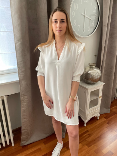 Robe froncée épaule blanche