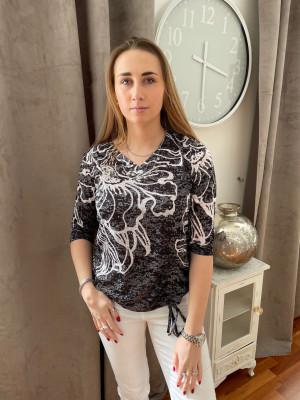 T.shirt imprimé noie et blanc col V