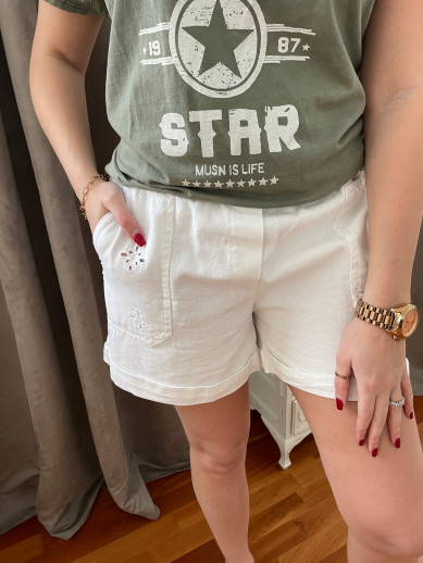 Short blanc broderie anglaise